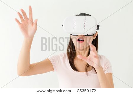 Woman feeling horrify when using vr device