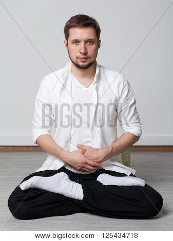 Qigong Training. Meditation