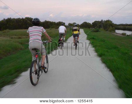 cyclists on bike track brisbane
