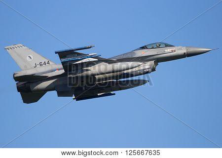 F-16 Take Off