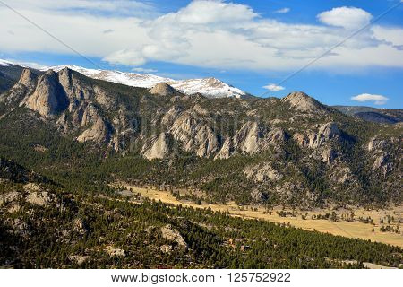 Lumpy Ridge Mountains with Giant Rock Outcroppings