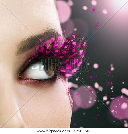 Beautiful Fashion Holiday Makeup