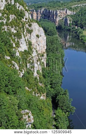 St-cirq Lapopie, France, June 21, 2015 : The River Lot Was Used For Transport As Early As The 12Th C