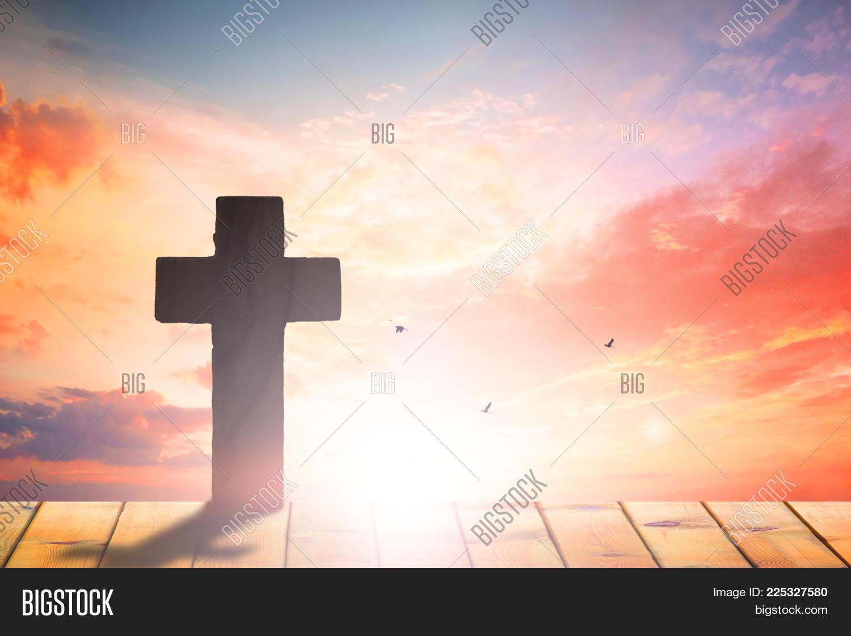 Christ crucifixion jesus cross sunset powerpoint template christ p toneelgroepblik Choice Image