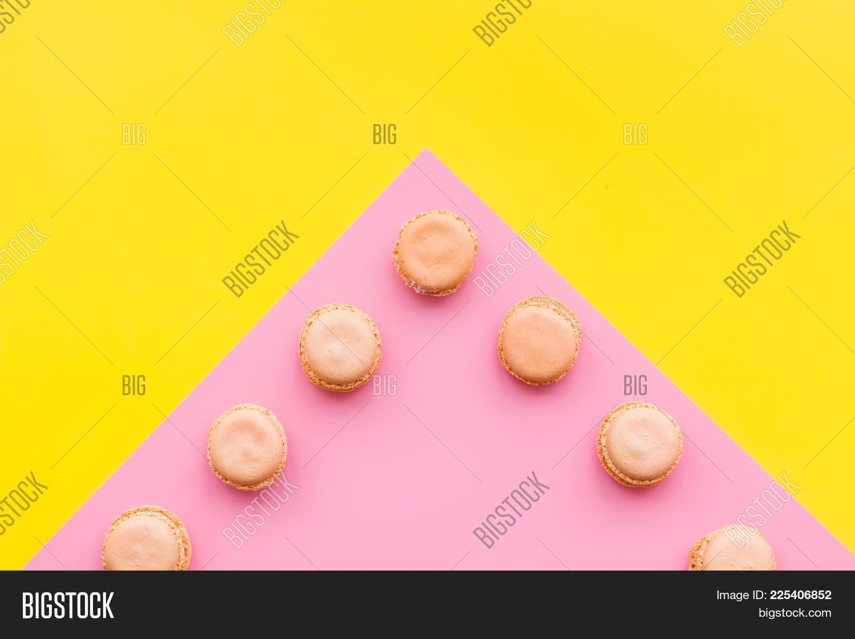 pink pattern yellow pastel powerpoint template pink pattern yellow