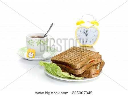 The Concept Of A Lunch Break At A School, Institute Or In The Workplace. Toasts On A Plate, A Cup Of