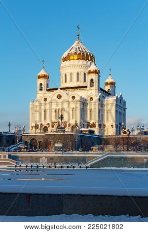 Moscow, Russia - February 01, 2018: Cathedral of Christ the Saviour on Moskva river background at sunny winter morning