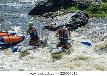Beklenischevo, Russia - June 12, 2005: Water sportsmen in Revun threshold