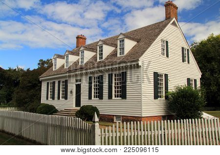 YORKTOWN, VA - OCTOBER 7: This historic home once belonged to Dudley Diggs, an active member in the colonial politics of Virginia October 7, 2017 in Yorktown, VA