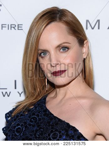 LOS ANGELES - JAN 20:  Mena Suvari arrives for the EW Magazine honors SAG Nominees on January 20, 2018 in West Hollywood, CA