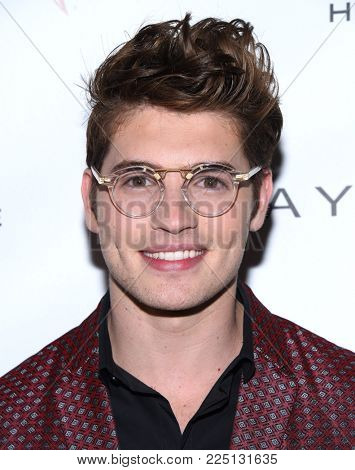 LOS ANGELES - JAN 20:  Gregg Sulkin arrives for the EW Magazine honors SAG Nominees on January 20, 2018 in West Hollywood, CA