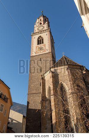 Cathedral Of St. Nicholas (san Nicolo 1302-1465) In Merano, Bolzano, Trentino Alto Adige, Italy, Eur