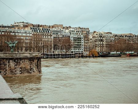 View from Pont de Bir-Hakeim of French architecture and swollen river Seine embankments overflow floodings in Apris - news footage