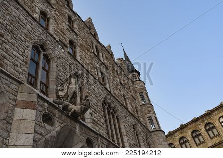 Leon, Spain / leon, 07/09/2017 : The Casa Botines (built 1891-1892) is a Modernist building in León, Spain designed by Antoni Gaudí. It was adapted to serve as the headquarters of Caja España, a local savings bank.