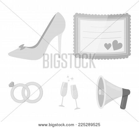 Invitation, bride's shoes, champagne glasses, wedding rings. Wedding set collection icons in monochrome style vector symbol stock illustration .