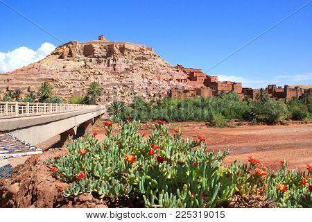Kasbah Ait Ben Haddou (Ait Benhaddou), Atlas Mountains, Morocco, North Africa. UNESCO World Heritage Site