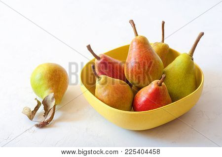 Pears. Pears Harvest. Fruit Background. Fresh Organic Pears In The Basket. Pear Autumn Harvest. Juic