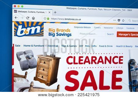 London, Uk - January 8th 2018: The Homepage Of The Official Website For B&m Bargains - The Uk Retail