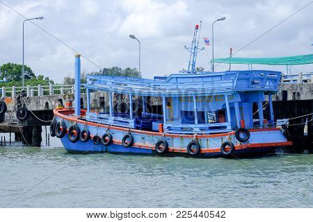 Thai Passenger Boat Dock, To Send Tourists For A Trip To The Beach.