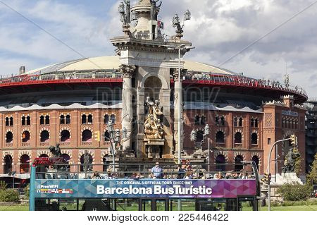 Barcelona,spain-september 16,2017:street View, Square,plaza España,monument Fountain, Old Bullring A