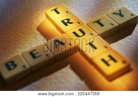 Cleckheaton, West Yorkshire, Uk: Scrabble Board Game Letters Spelling The Words Beauty Truth, 1st Ju