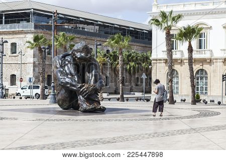 Cartagena,spain-september 22,2017:urban Art,sculpture In Bronze, El Zulo By Victor Ochoa In Port Of