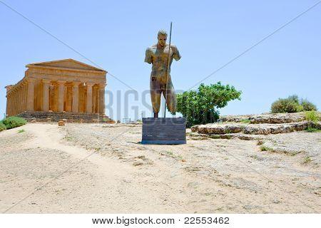 bronze statue and Temple of Concordia