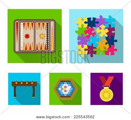 Board Game Flat Icons In Set Collection For Design. Game And Entertainment Vector Symbol Stock  Illu