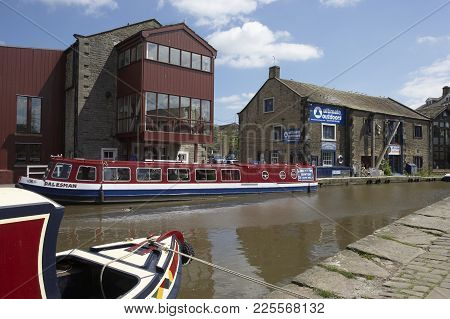 Canal Barges Skipton Summer North Yorkshire