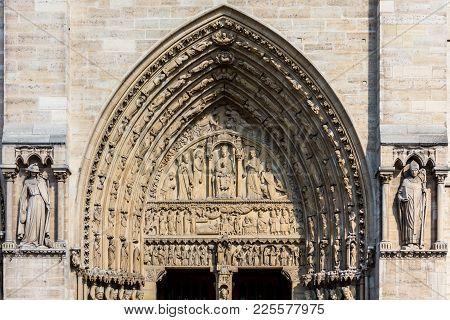 Notre Dame De Paris Cathedral: Architectural Details. Paris, France