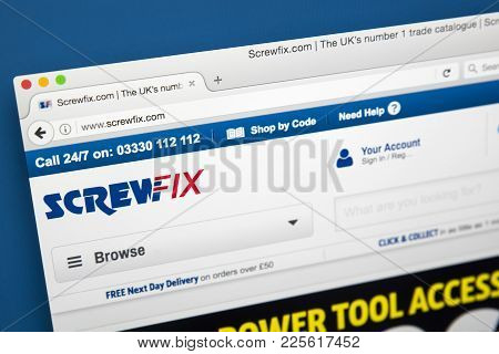 London, Uk - August 10th 2017: The Homepage Of The Official Website For Screwfix, The British Retail