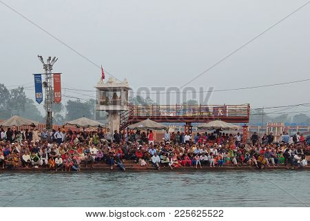 Haridwar, India - November, 6th, 2017. People On The Ganga River Embankment, Har Ki Pauri. Har Ki Pa