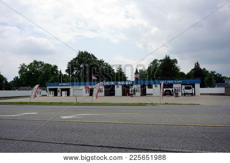Crest Hill, Illinois / United States - July 27, 2017: People May Wash Their Cars At The Quick Wash,