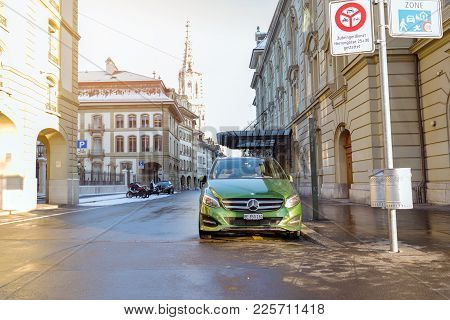 Bern, Switzerland-jan 3, 2017:a Green Mercedes Is Parked On A Street In Bern, Switzerland.