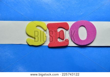Word Seo On An   Abstract Col,lred Background