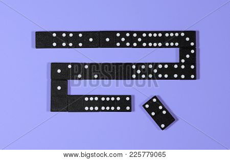 Schematic Illustration Of The Principles Of Blockchain Using Dominoes To Show Cryptography Approach