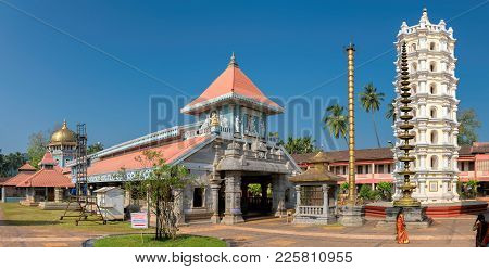 Panorama Of Shri Mahalsa Indian Temple In Ponda, Goa, India. The Opulent Mahalsa Temple Is One Of Th