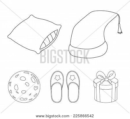 Night Cap, Pillow, Slippers, Moon. Rest And Sleep Set Collection Icons In Outline Style Vector Symbo