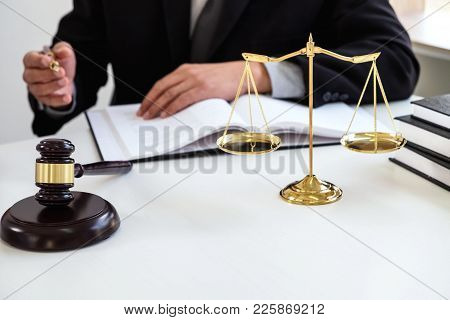 Customer Service Good Cooperation, Consultation Between A Male Lawyer And Business People Customer,
