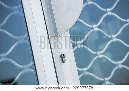 Metal Grille Door Lock And Aluminium Handle