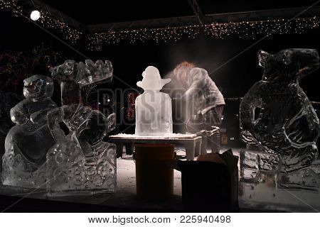 Ice Sculpture Demonstration Presentation Show At Zoo Lights, Lincoln Park Zoo, Chicago, Il, December