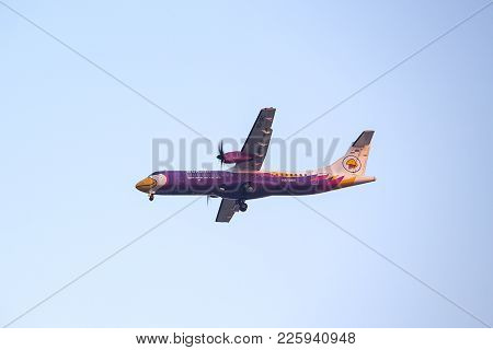 Bangkok, Thailand - December 20, 2017: Atr 72-500  Hs-drc Of Nok Air Landing To Runway 03l Don Muean