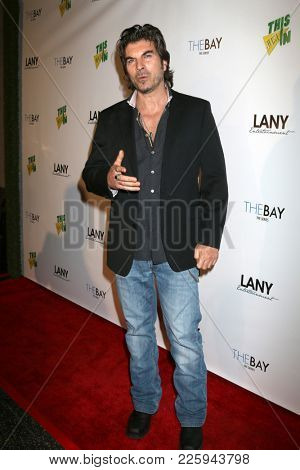 LOS ANGELES - FEB 6:  Victor Alfieri at the 7th Annual  LANY Entertainment Mixer at 33 Taps Hollywood  on February 6, 2018 in Los Angeles, CA