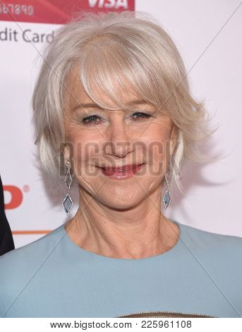 LOS ANGELES - FEB 05:  Helen Mirren arrives for the 2018 Movies for Grownups Awards on February 5, 2018 in Beverly Hills, CA