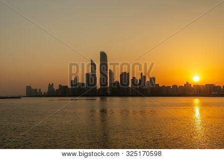 Abu Dhabi, Uae - September 15, 2019: Sunrise In Abu Dhabi, United Arab Emirates