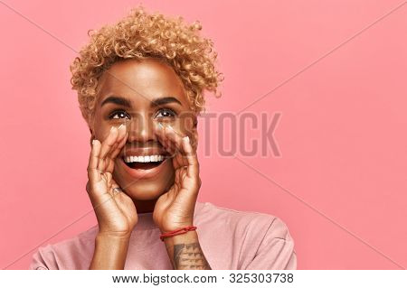 Horizontal Of Close Up Photo Amazing Beautiful Dark-skinned Lady Draws Attention To Great Cool Event