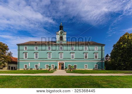 Dacice, Czech Republic - September 29 2019: View Of A State-owned Castle Dacice From Park With Green
