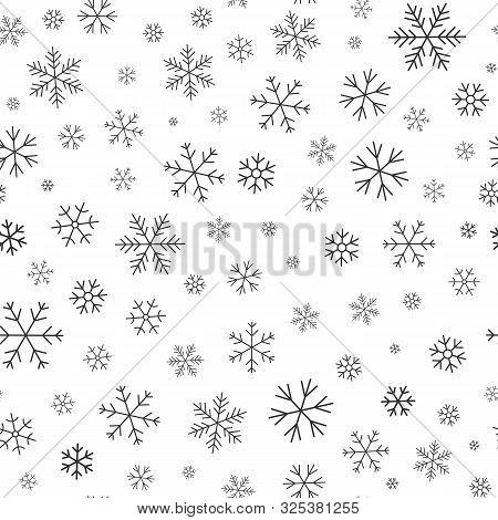 Snowflake Line Seamless Pattern. Layered Winter Season Ornate Star Background. Linear Snow Flakes Re