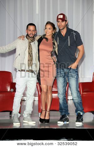 LOS ANGELES - APR 30:  Yandel, Jennifer Lopez, Enrique Iglesias at a press conference  to announce their Summer Tour at Boulevard3 on April 30, 2012 in Los Angeles, CA