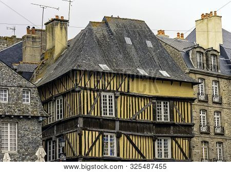 Dinan, Brittany, France - May 29: Vintage Architecture Of Old Town In Dinan On May 29, 2019 In Dinan